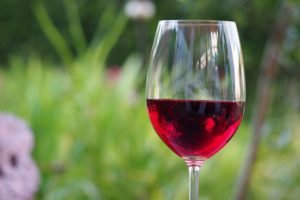 red-wine- tips to quit smoking